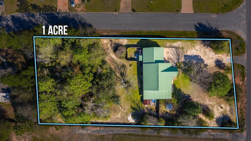 3677 Poverty Creek Road, Crestview, FL 32539