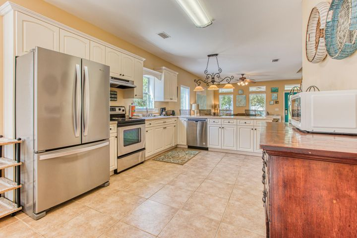 Everything you need in this large kitchen.