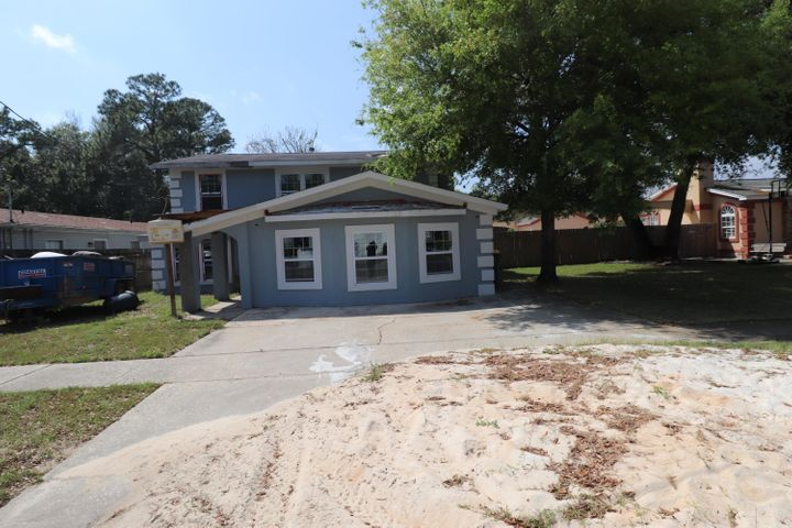 212 NW Bay Street, Fort Walton Beach, FL 32548