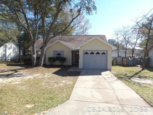 410 Oak Place, Crestview, FL 32539