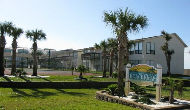8425 Gulf Boulevard, APT 114, Navarre, FL 32566