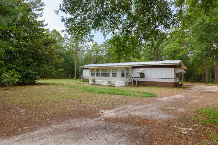18 Cornflower Avenue, Defuniak Springs, FL 32433