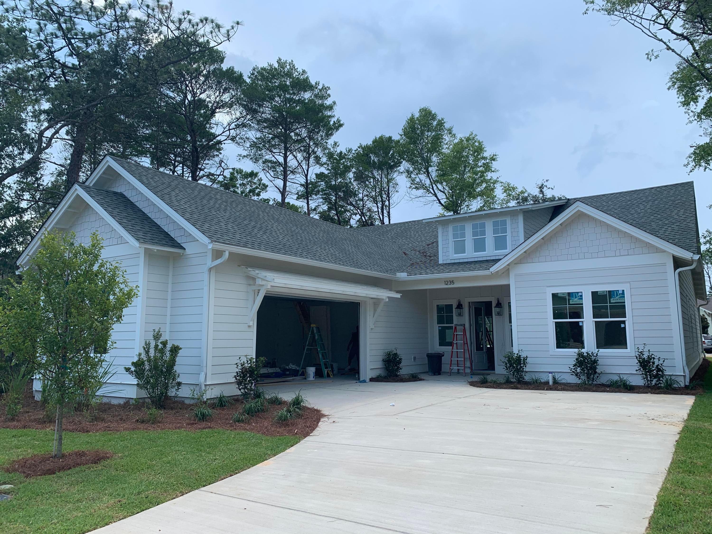 1235 Elderflower Drive, Niceville, FL 32578