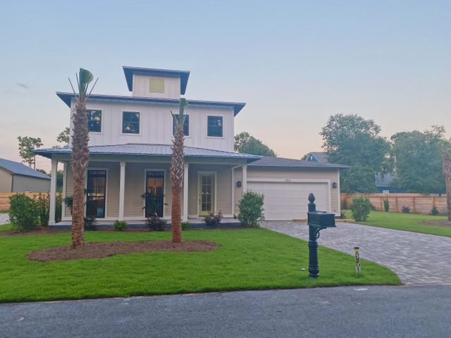 This neighborhood features a community area on the canal which leads straight out to the Bay! The developer will have a platform dock built for fishing, kayak drops or standup paddle boarding for your family to enjoy!