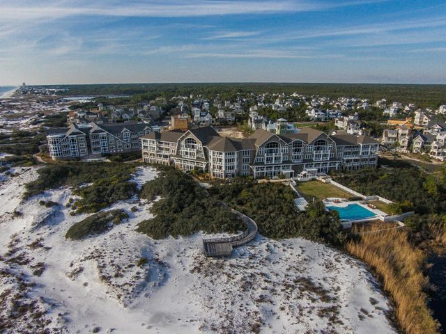Entered for comp purposes. Completely remodeled 3 bedroom unit with bunk room and great Gulf views.