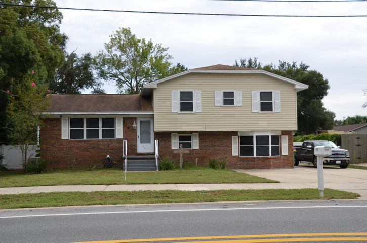 528 Kelly Street, Destin, FL 32541
