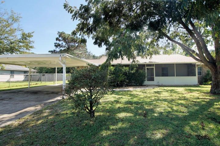 8341 Miranda Street, Navarre, FL 32566