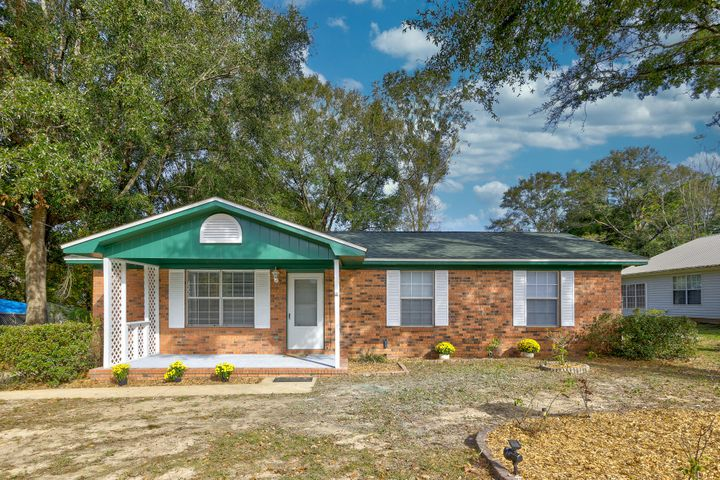 181 W North Avenue, Crestview, FL 32536
