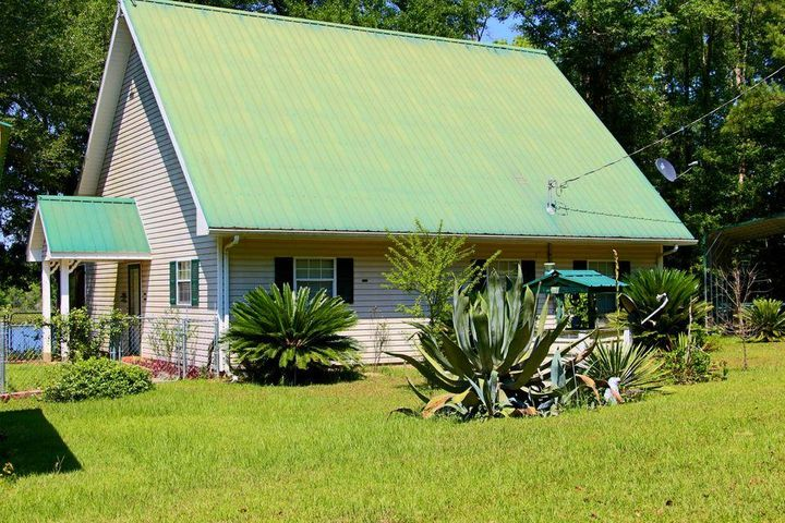 5111 REDBUG Lane, Vernon, FL 32462