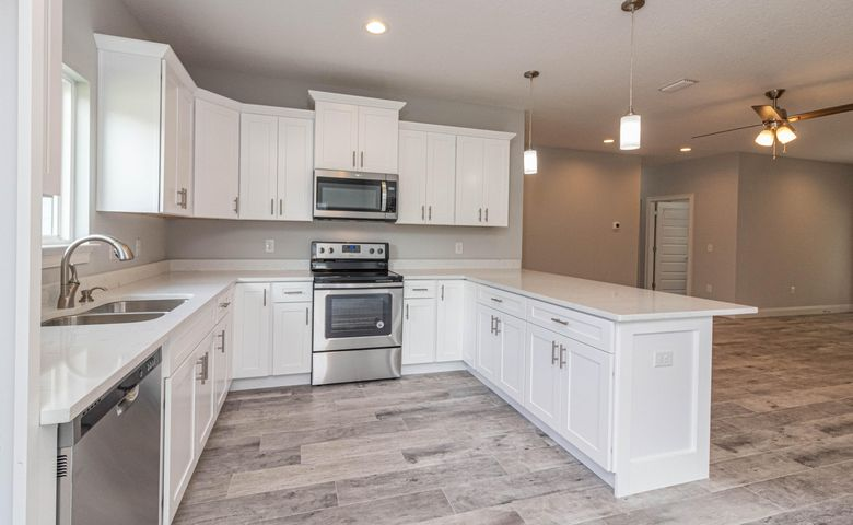 Photo of a completed home - Kitchen