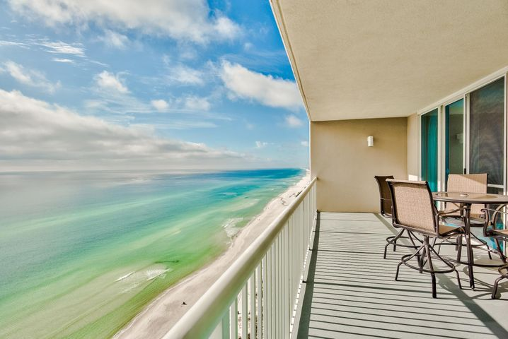 Fantastic 2-bedroom condo at Palazzo, on the desirable West end of Panama City Beach.