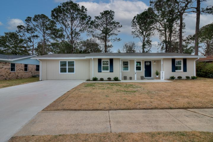 606 Ironwood Drive, Fort Walton Beach, FL 32547