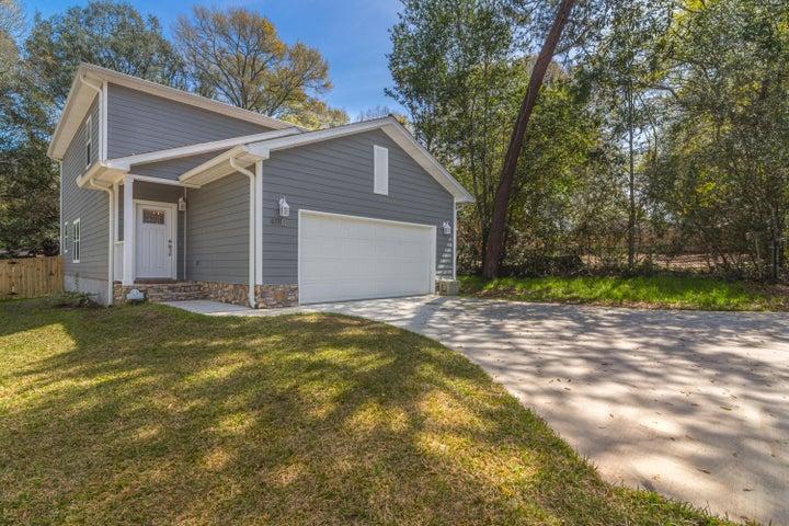 411B Redwood Avenue, Niceville, FL 32578