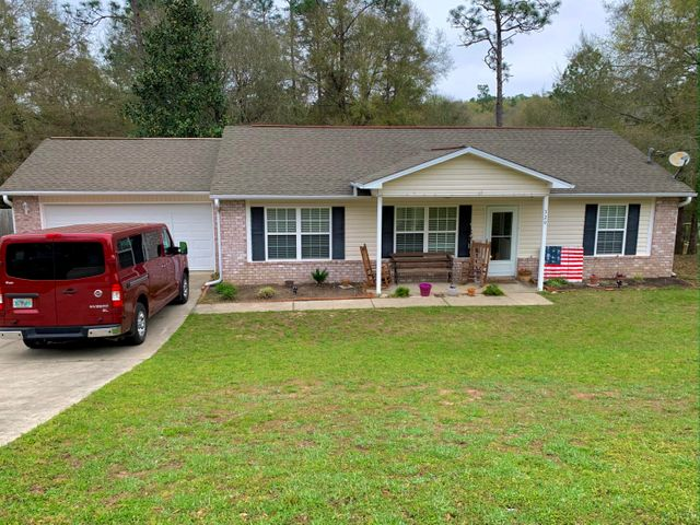 329 Lakeview Drive, Crestview, FL 32536