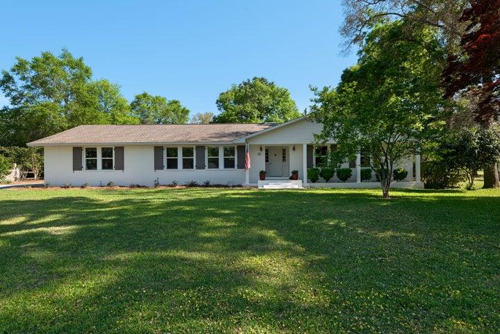 425 Marion Drive, Niceville, FL 32578