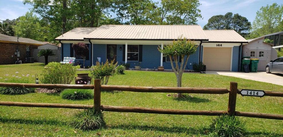 1414 Mixon Drive, Fort Walton Beach, FL 32547