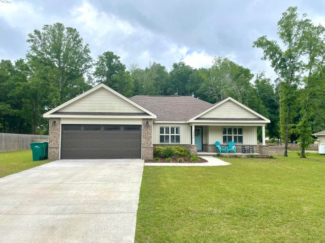 3360 Peeble Drive, Crestview, FL 32539