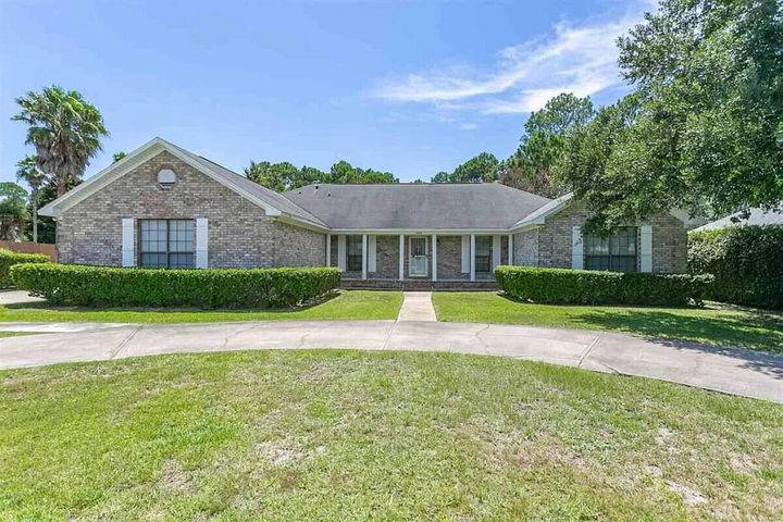 2309 Valley Place, Navarre, FL 32566