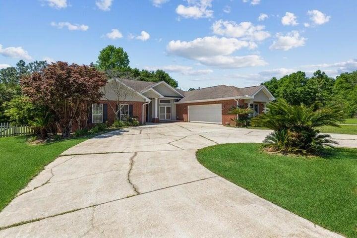 5884 Saratoga Drive, Crestview, FL 32536