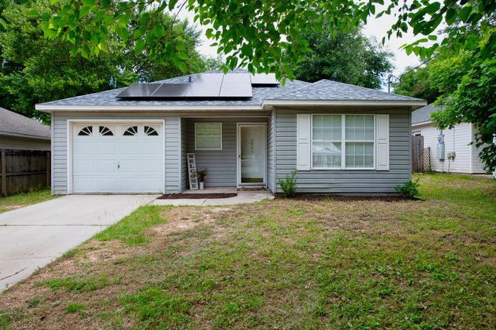 2955 Sholtz Avenue, Crestview, FL 32539
