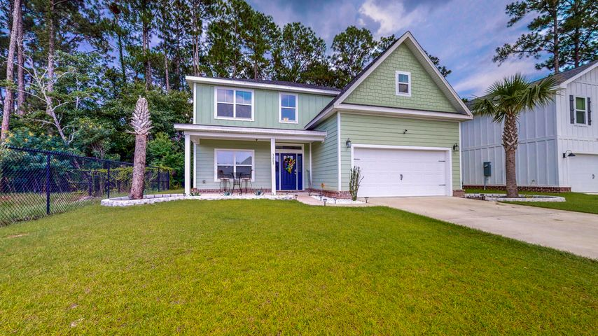 3203 Heritage Oaks Circle, Navarre, FL 32566