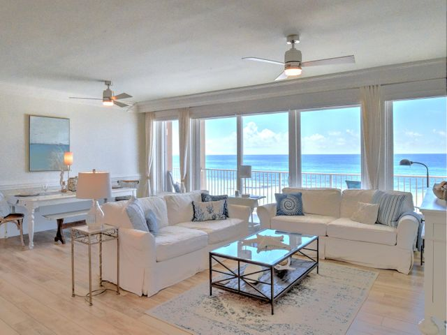 Living area with a fabulous view!