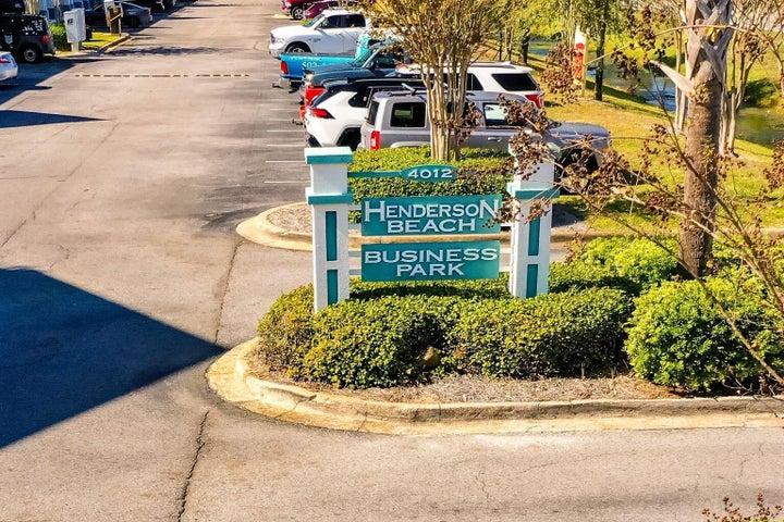4014 Commons Drive, STE 108, Destin, FL 32541