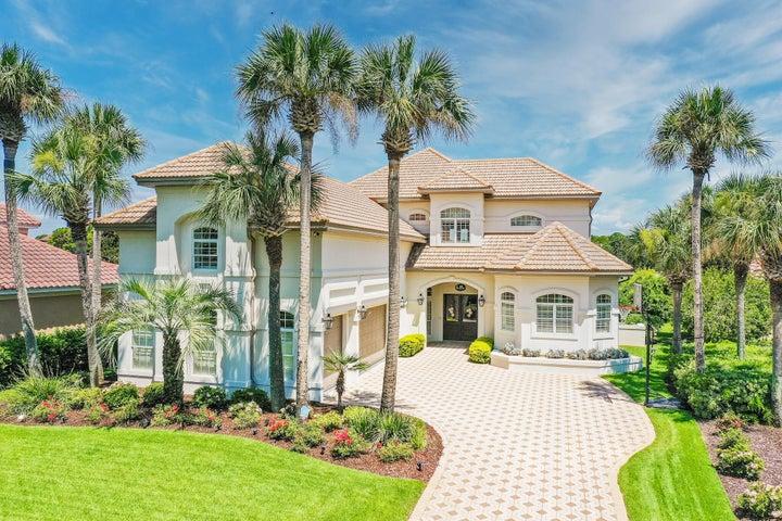 Beautiful estate size home located on a quiet cul de sac