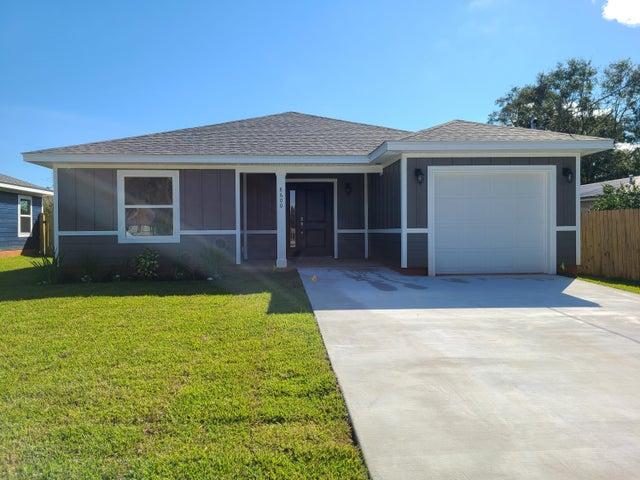 8600 Untreiner Avenue, Pensacola, FL 32534