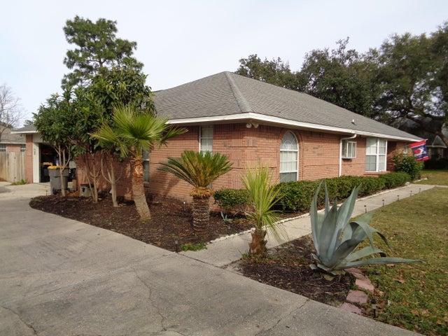 2861 Winners Circle Drive, Navarre, FL 32566