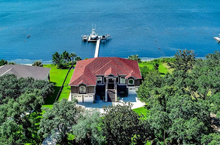 4449 Soundside Drive, Gulf Breeze, FL 32563