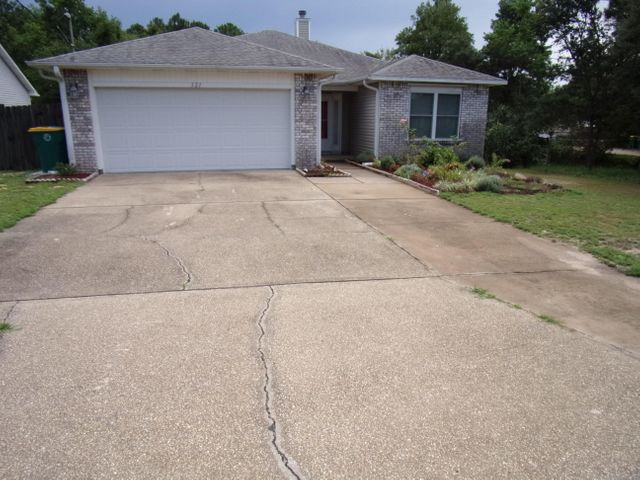 321 Austin Avenue, Mary Esther, FL 32569