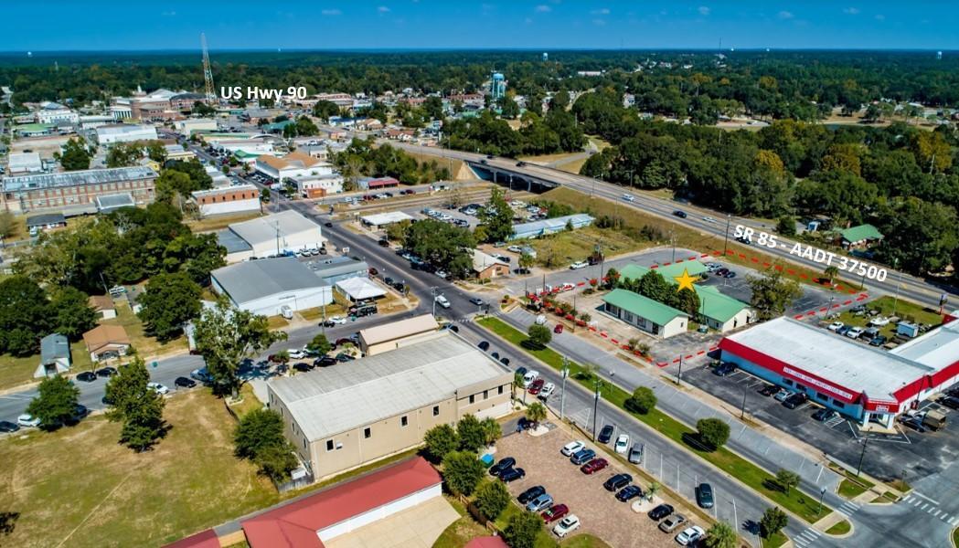 296 S Ferdon Boulevard, Crestview, FL 32536