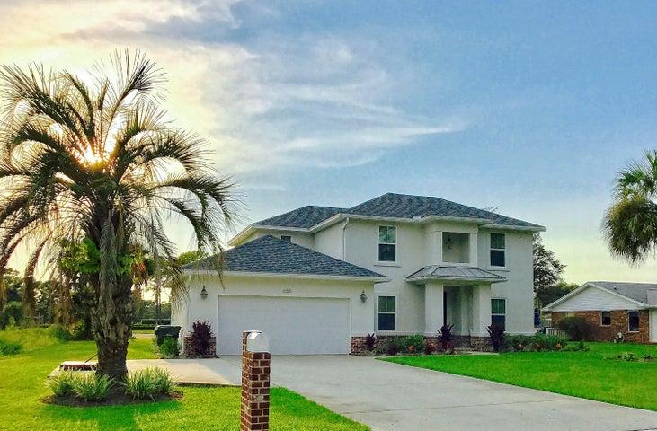 653 NE Country Club Avenue, Fort Walton Beach, FL 32547