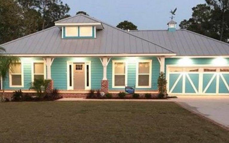 1688 College Parkway, Gulf Breeze, FL 32563