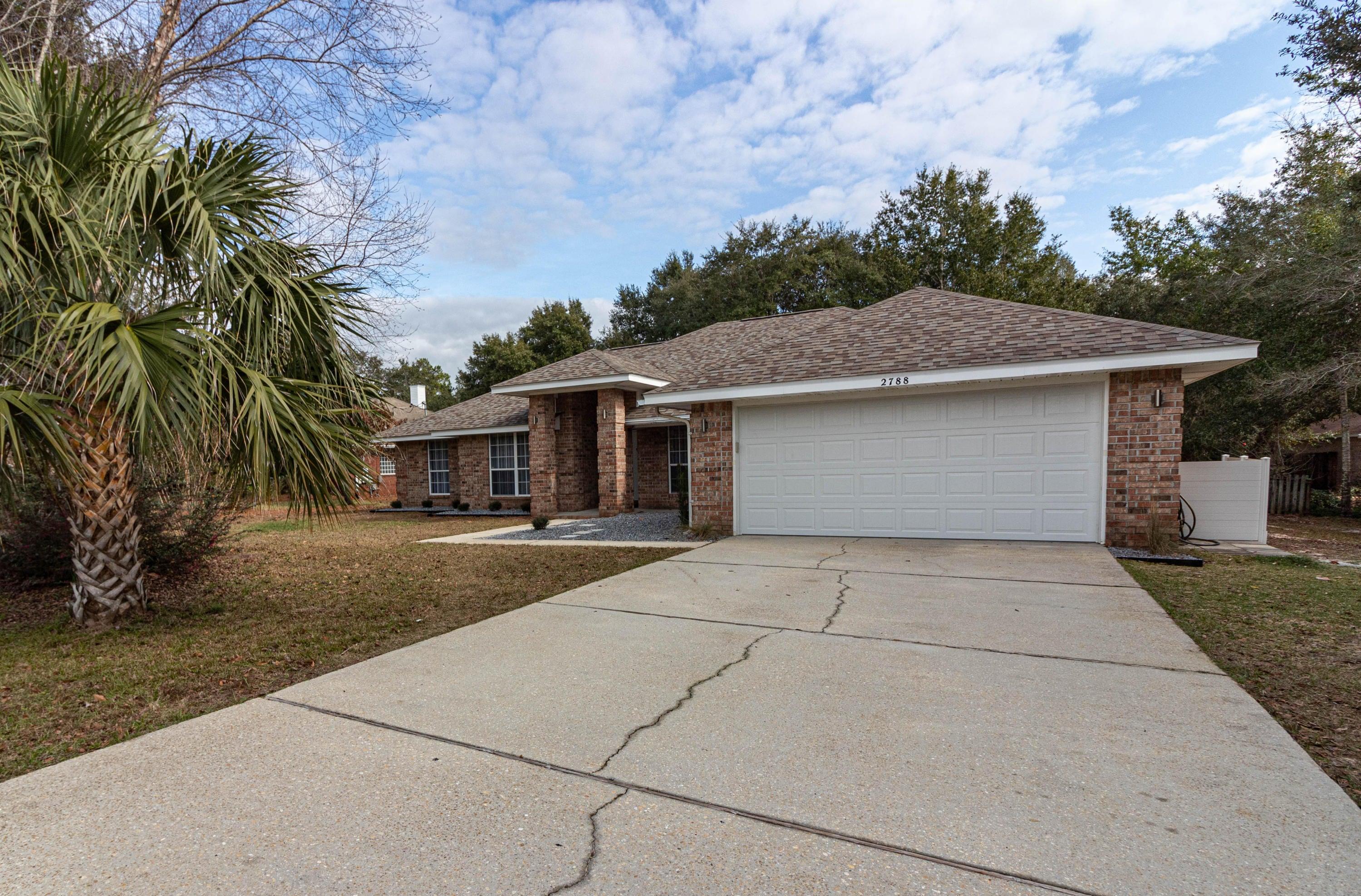 2788 Sherwood Drive, Navarre, FL 32566