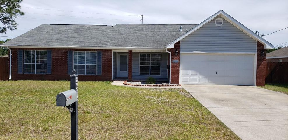 8282 Onich Drive, Navarre, FL 32566