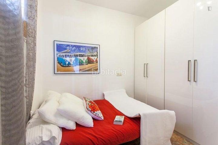 Piso Valenciana>Valencia>Patraix - Alquiler:650 Euro - codigo: 21-70
