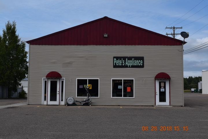 610 W 25th AVE, Sault Ste Marie, MI 49783