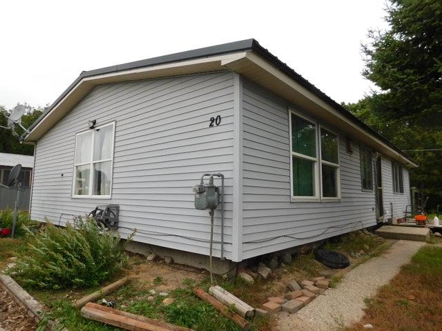 20 Forest Lodge RD, Kincheloe, MI 49788
