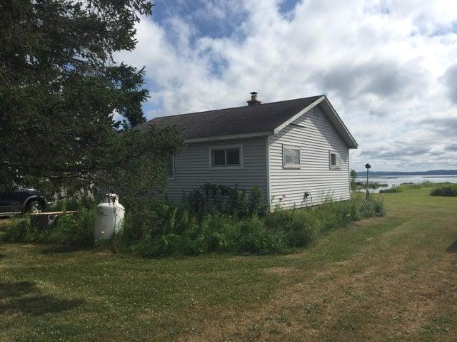 4109 S Roy RD, Sugar Island, MI 49783