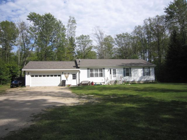 23149 Maple DR, McMillan, MI 49853