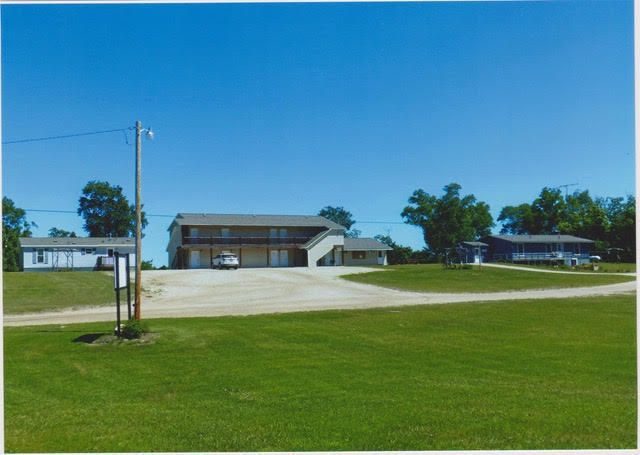 10 unit motel, guest home and main house with office.