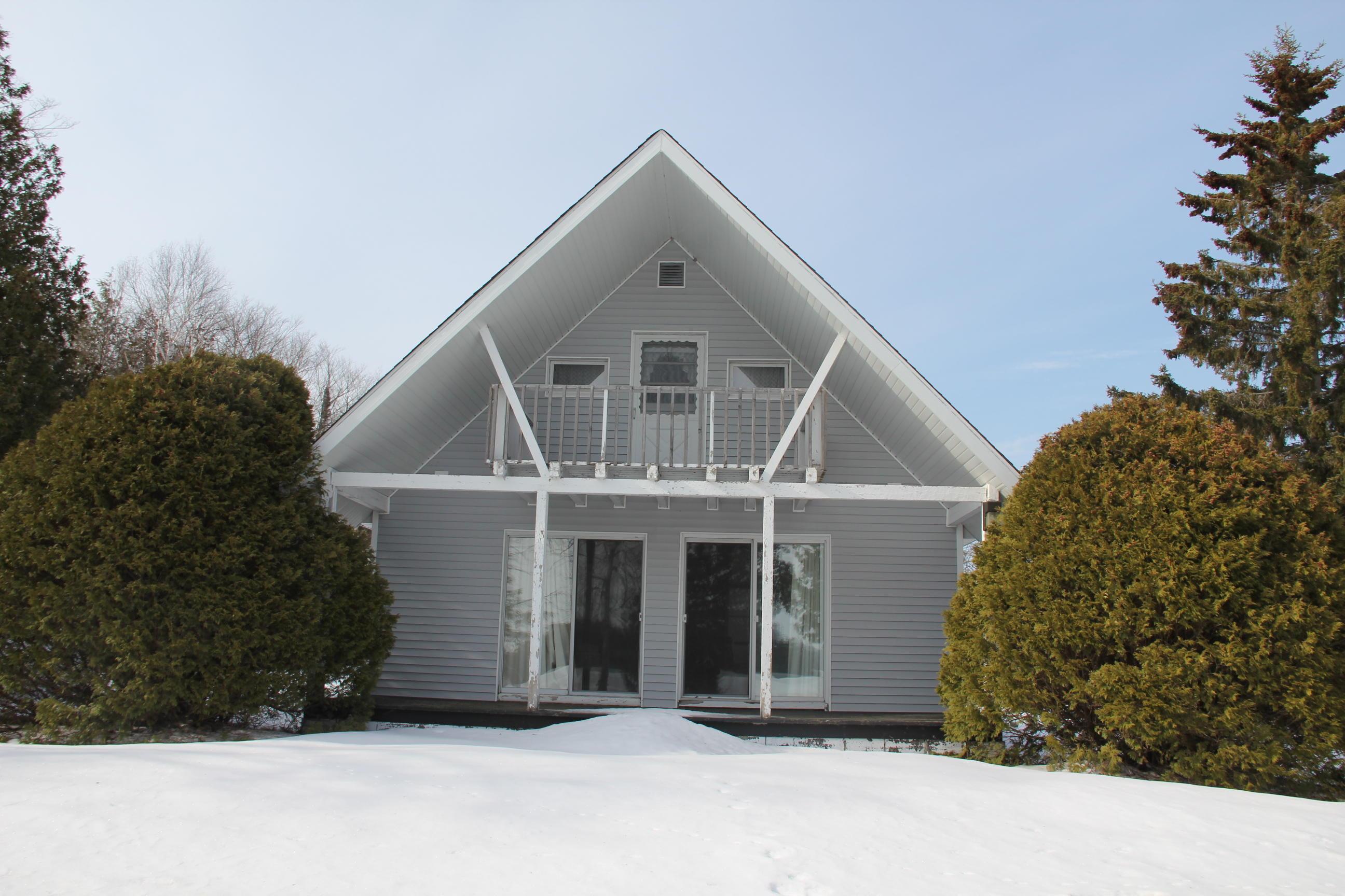 17325 E South Caribou Lake RD, De Tour Village, MI 49725