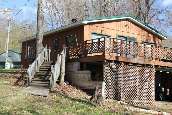 32230 W W Johnson Lake RD, Eckerman, MI 49728