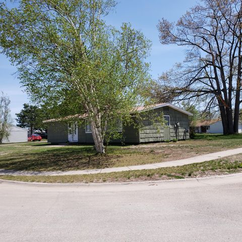 1 Forest Lodge RD, Kincheloe, MI 49788