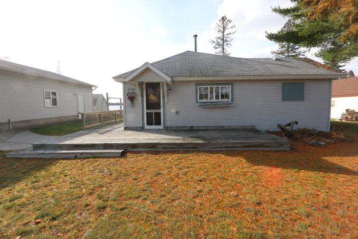7482 Millecoquin Lake RD, Engadine, MI 49827