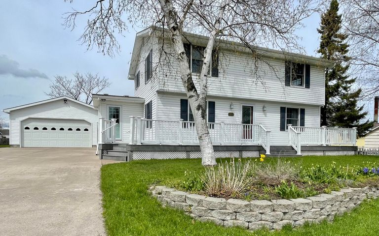 1904 Ryan AVE, Sault Ste Marie, MI 49783