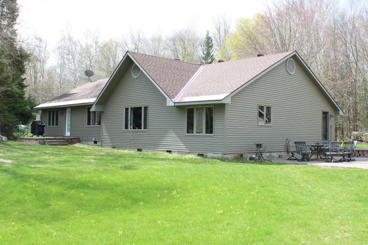 4 bedroom 2 bath home with over 2000 square feet of finished space.