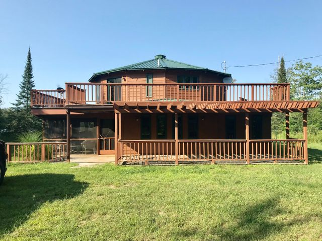 32000 W Huckleberry Lake RD, Trout Lake, MI 49793